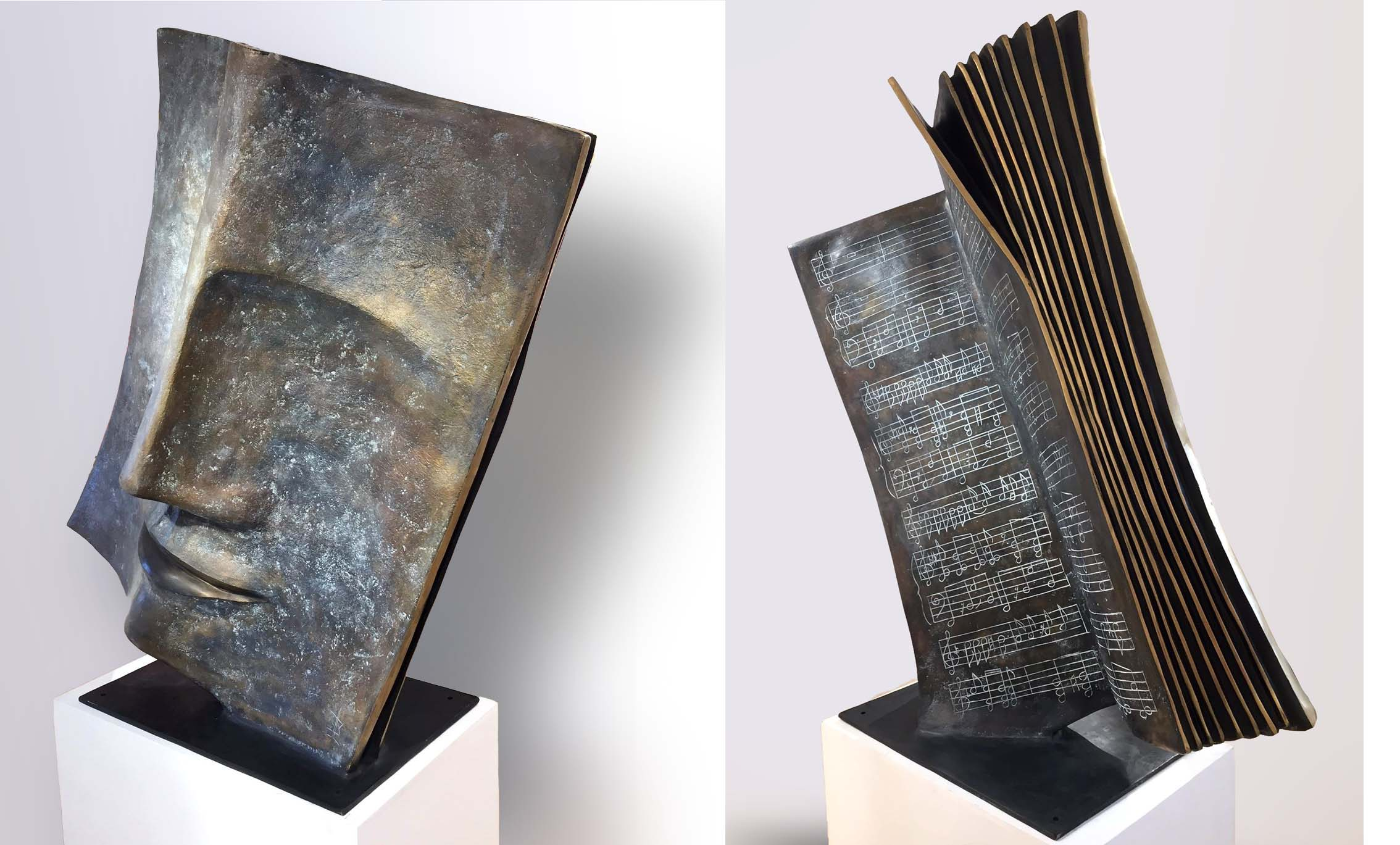 MUSIC BOOK Bronze 175x175x70cm / 69x69x27,5 inches