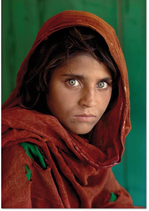 AFGHAN GIRL Fuji Crystal 61x51cm / 20x24 inches