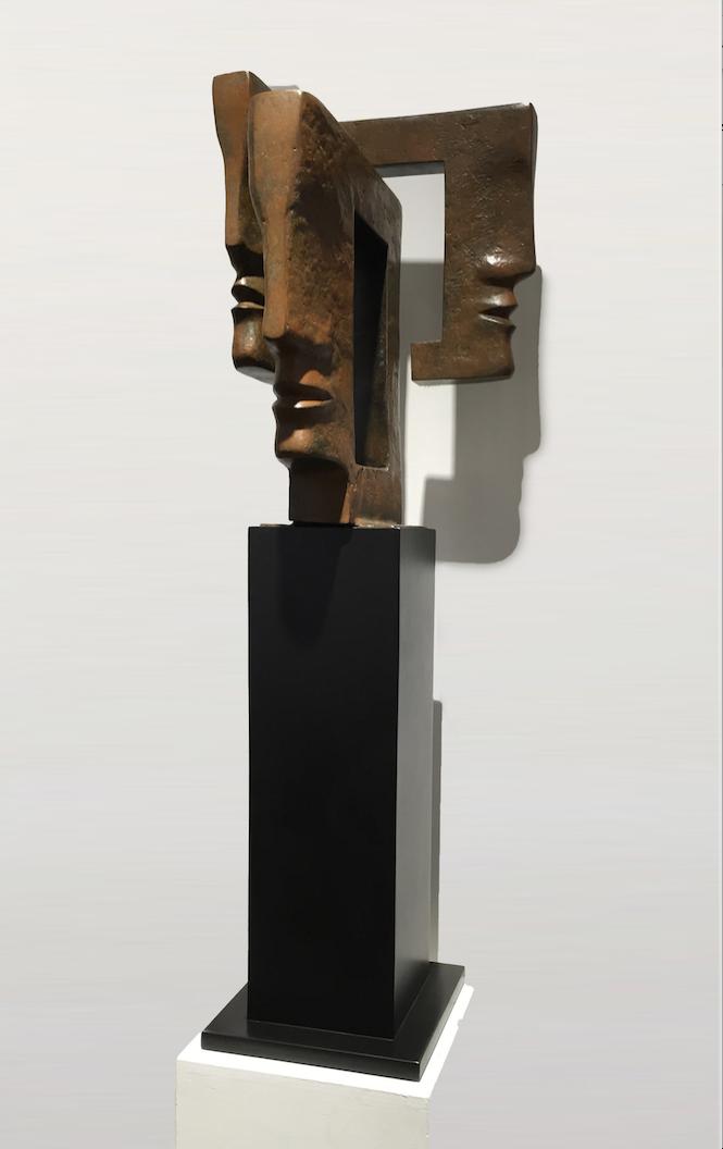 TRINIDAD Bronze 110x36x36cm / 43,3x14x14 inches