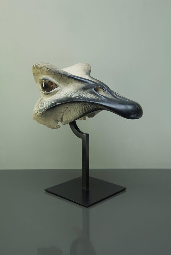 MASQUE D'AUTRUCHE Bronze 48x45x27cm / 19x18x11 inches