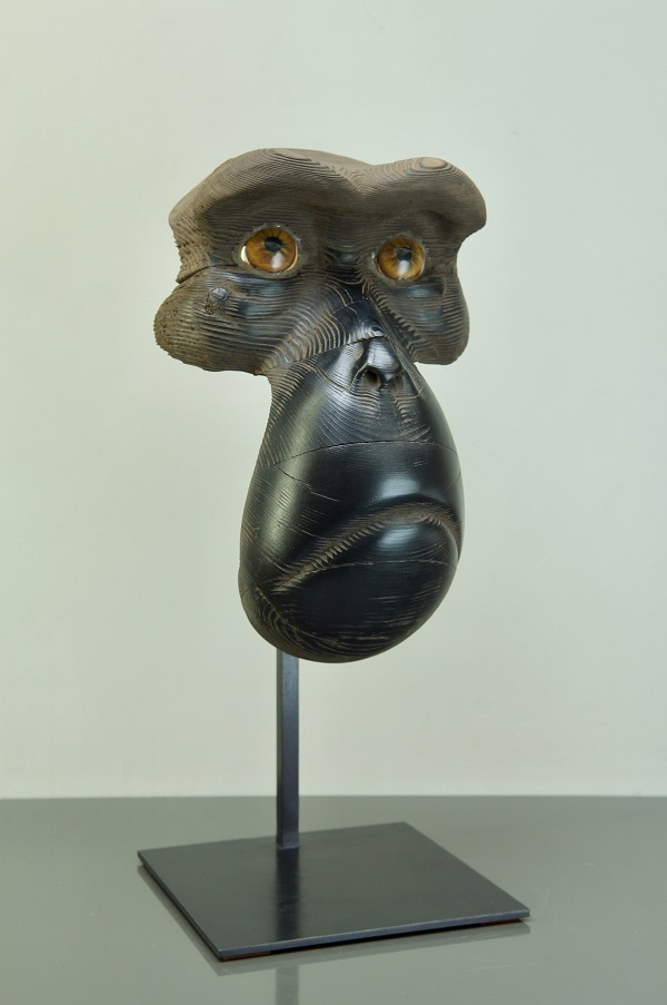 MASQUE DE MACAQUE Bronze 55x33x21cm / 21x12,9x8,2 inches