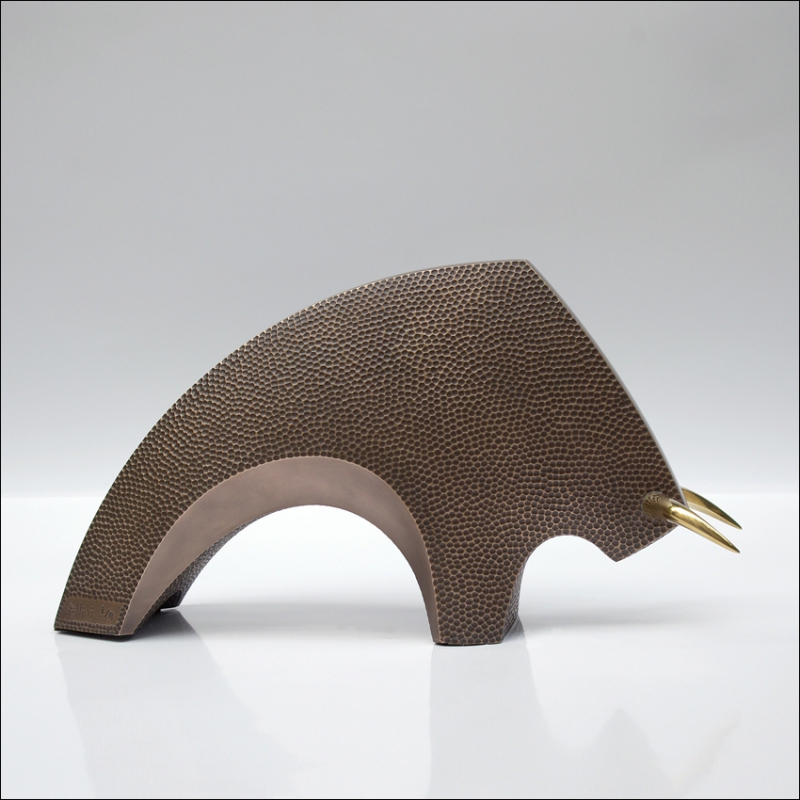 TORO CUBIC Bronze
