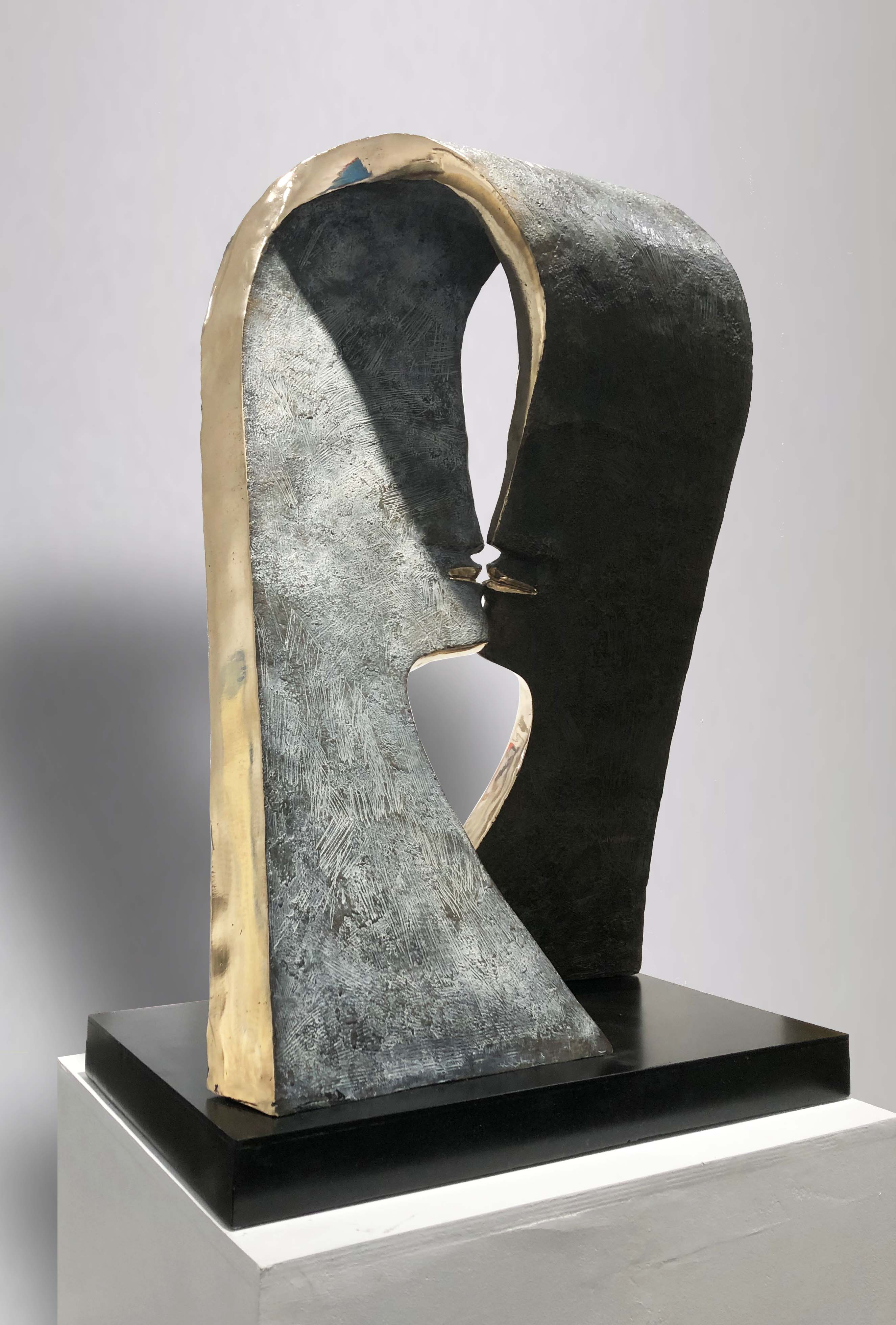 FIRST KISS Bronze 86x60x35cm / 33,8x23,6x13,7 inches
