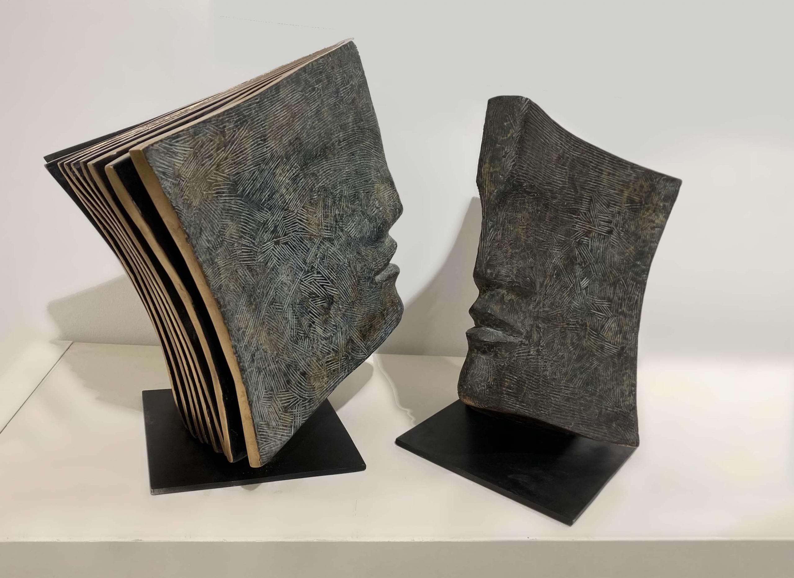 ÉPÎTRES Bronze 41x40x30 et 38x28x25cm / 16,1X15,7X11,8 & 14,9X11X9,8 inches