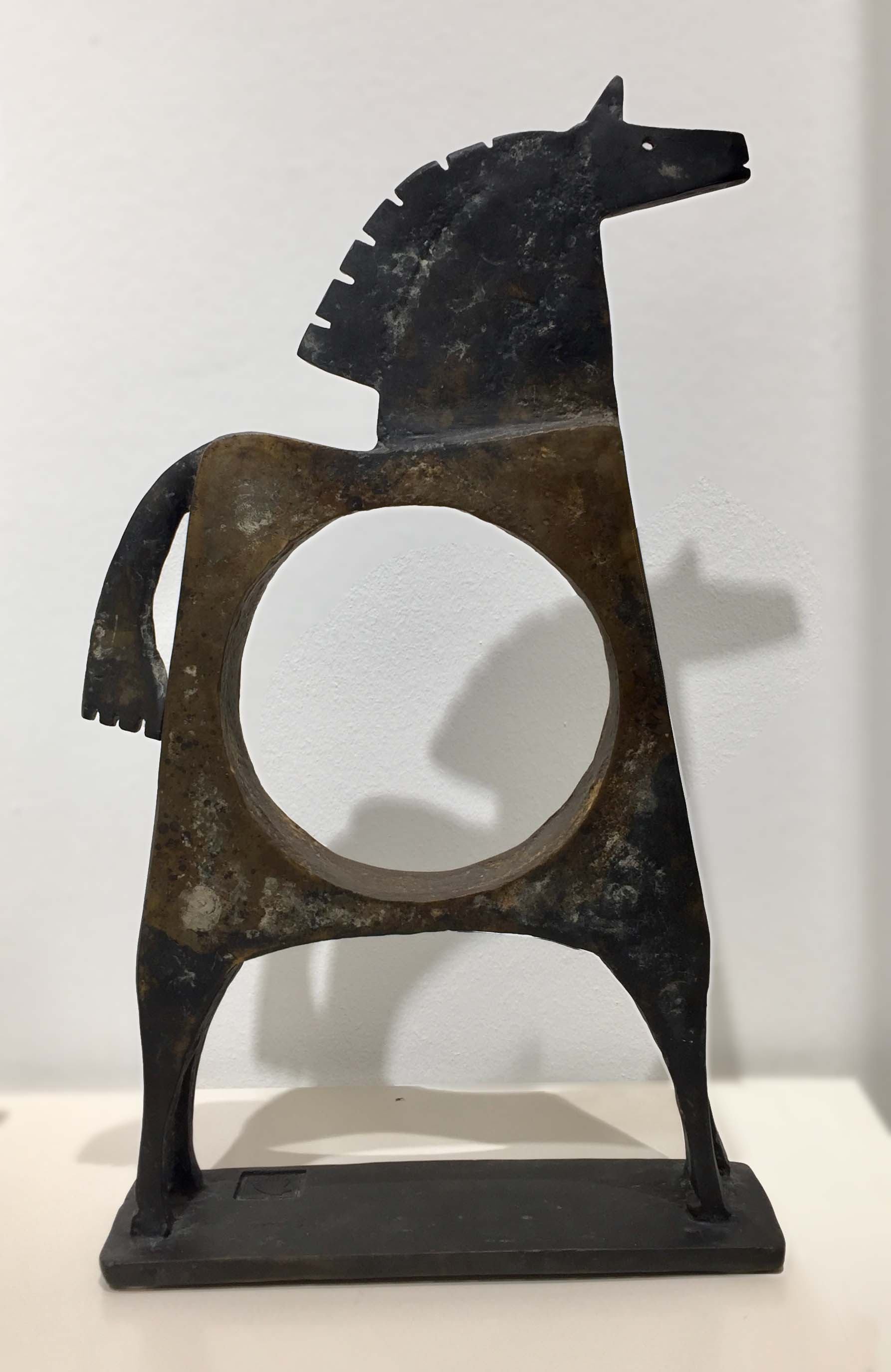 CABALLO PERLYO Bronze 39x26x6,5cm / 15,3x10,2x2,5 inches